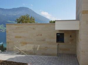 Isolation, Fassade: Lettenrain Meggen, Eingang hinten