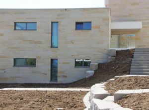Isolation, Fassade: Lettenrain Meggen, Fassade Fenster