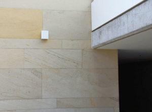 Isolation, Fassade: Lettenrain Meggen, Detail Übergang
