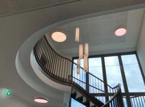 Trockenbau Gemeindehaus Malters, Decke und Treppe